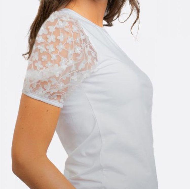 Immagine di T-shirt fiorellini  NoSecrets